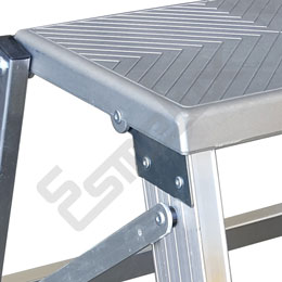 Escalera Taburete en aluminio. Imagen #2