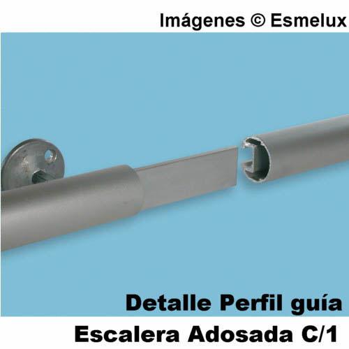 Escalera Adosada C1 con ganchos. Imagen #7