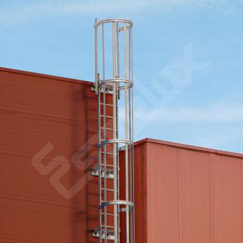 Escaleras Verticales con protección espalda