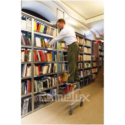 Escalera sf con ruedas adosada a estanter as - Estanteria con ruedas ...