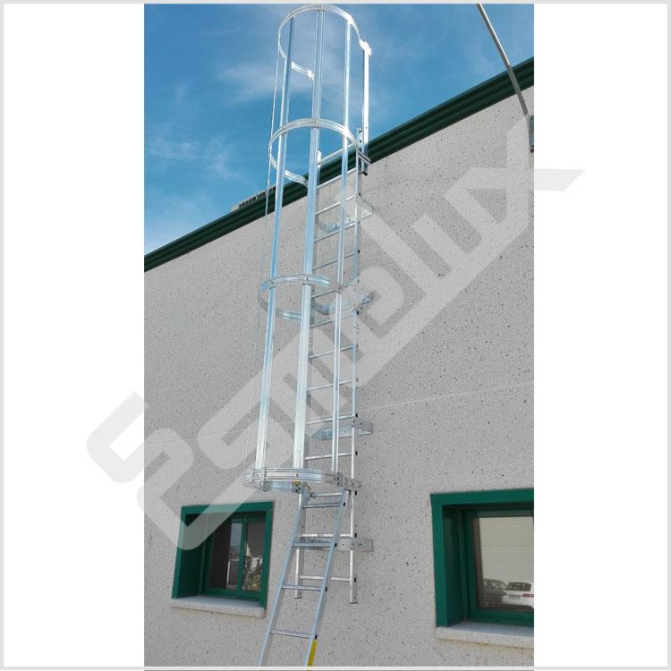 Escaleras verticales con protecci n espalda for Proteccion de escaleras para ninos