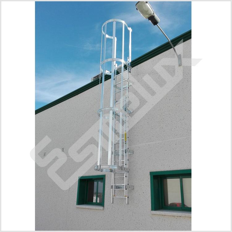 Escaleras verticales con protecci n espalda - Proteccion escaleras para ninos ...