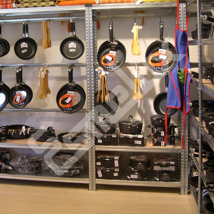 Instalaciones de estanter as esmelux en tiendas y exposiciones - Ganchos para estanterias ...