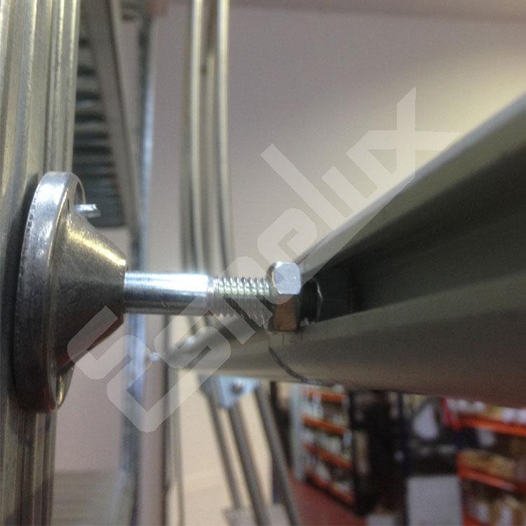 detalle de fijacin de gua para escaleras adosadas