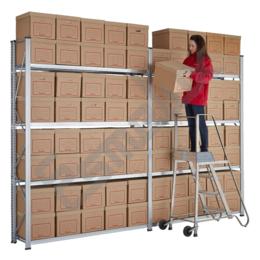 Estanterías metálicas con cajas archivo