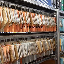 Estantes metálicos para carpetas colgantes. Imagen #6
