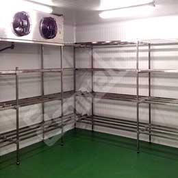 Estanterías rinconeras en cámaras frigoríficas